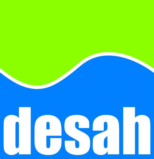 Logo van bedrijf Desah. Vierkant logo met een groene golf bovenin en blauwe golf onderin. De naam van bedrijf staat in witte letters onderin.